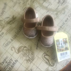 NWT Toms Tiny Mary Jane Iridescent Glimmer T3